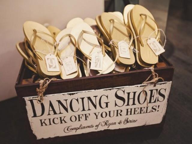 Leuke huwelijk ideeën: slippers voor het dansfeest