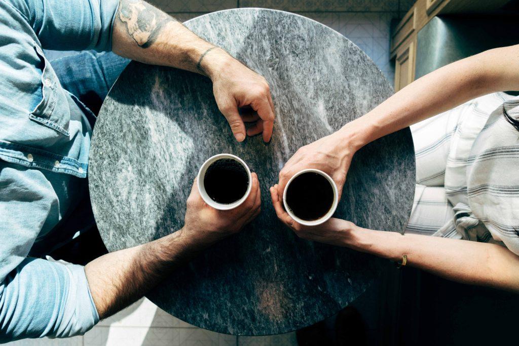 huisgenoten communiceren samenwonen