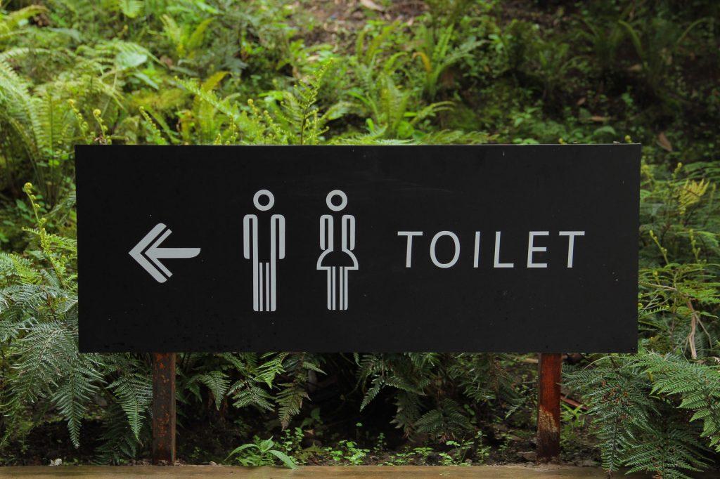 spoel minder water door toilet besparingstips