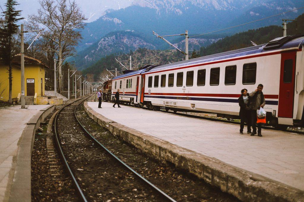 met de trein op reis gaan - voordelen en tips